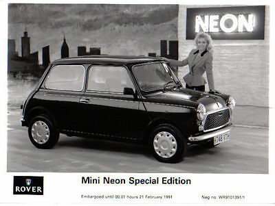 Mini Neon Special Edition original b/w Press Photograph 1991 No. WR9101391/1
