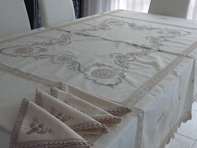 Fabulous Elegant Ecru Cotton Hand Crafted Tablecloth & 8 Napkins New
