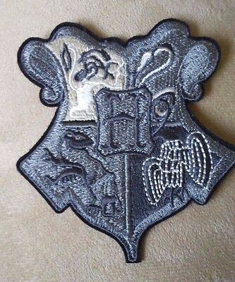 "3.5"" Harry Potter Movie HOGWARTS School Crest/Shield Iron-on Logo PATCH Badge!!"