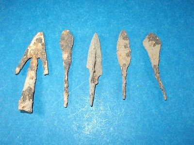 LOT OF 5  DARK AGE / MEDIEVAL   ARROWHEADS  61  - 75 mm