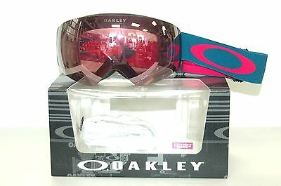 oakley snow goggle lenses qjk0  New Oakley Snow Goggles Flight Deck XM Legion Blue Rose w/ HI Pink Lens