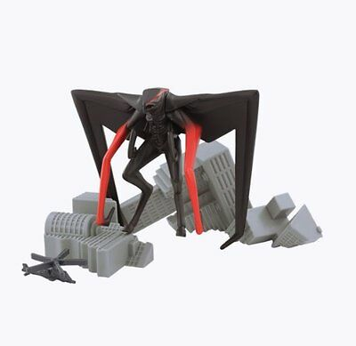 Godzilla Movie Pack of Destruction with MUTO Winged Figure, Destructible and