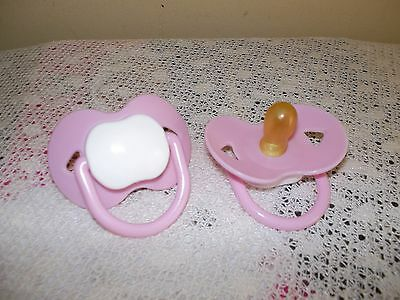 Non-Magnetic  Dummy Pink    ( Tiny 2Cm Rubber Teat)  4 / Doll