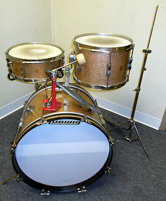 "Vintage 1968 Ludwig Club Date 3-Piece Drum Set Pink Champagne Sparkle 20"" Bass"