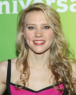 Kate McKinnon 8 x 10 / 8x10 GLOSSY Photo Picture
