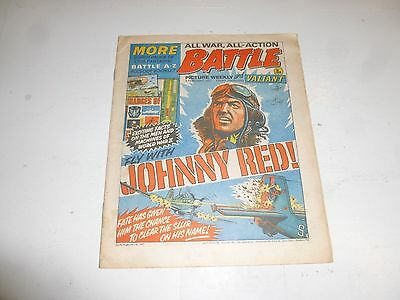 BATTLE PICTURE WEEKLY & VALIANT Comic - Date 05/02/1977 - UK Comic (No incert)