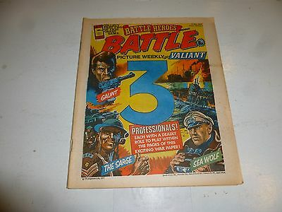 BATTLE PICTURE WEEKLY & VALIANT Comic - Date 02/07/1977 - UK Comic (Inc Game)