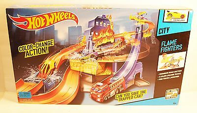 New Hot Wheels City Color Changing Shifters FLAME FIGHTERS Track Set Sealed Box