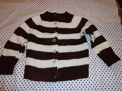 beautiful hand made sweater brown-white size 4 unisex.