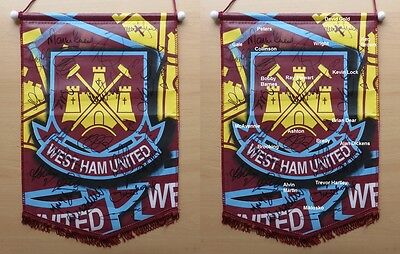 West Ham United Official Pennant Signed by 20 + Legends (9241)
