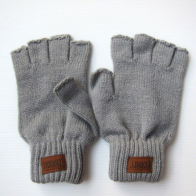 The Hobbit: The Battle of the Five Armies Official Studio Promo Wool Gloves Prop