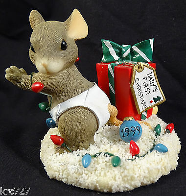 Charming Tails Figurine Baby's First Christmas 1999