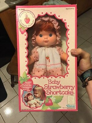 Vintage Strawberry Shortcake Baby - Kenner 1982