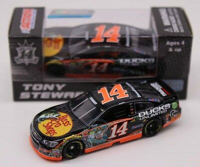 2016 Tony Stewart  14 Bass Pro Shops Ducks Unlimited 1 64 Action Diecast 92b4813bce2f