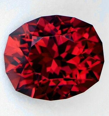 Umba Garnet - Vibrant Dark Red - 3.83 Carat - Precision Cut - Full Fire