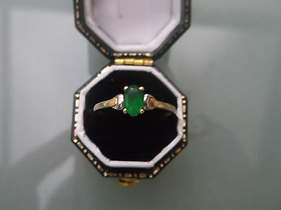 Women's 9ct Gold Emerald Ring Weight 0.8g Size N Stamped