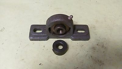 "Boston Gear 2 Bolt Pillow Block 1/2"" Bore Fixed Bearing"