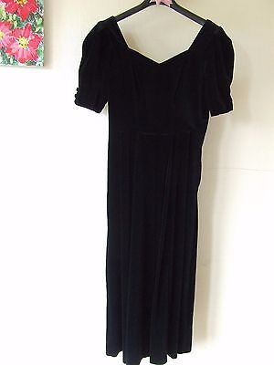 B18 Laura Ashley Black Velvet Dress Size 12 Gb Good Condition Zip Sweetheart