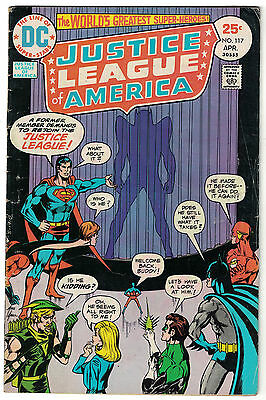 DC Comics JUSTICE LEAGUE OF AMERICA The World's Greatest Superheroes No 117 VG+