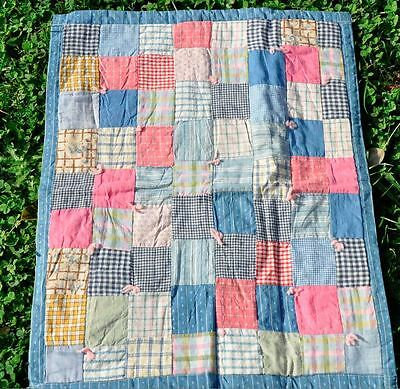 EARLY 1900's LOVELY ONE PATCH DOLL SIZE ANTIQUE VINTAGE QUILT – PASTEL PERFECT!