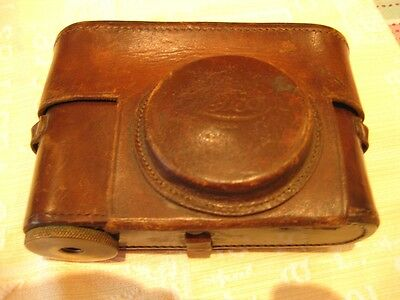 Beautiful Vintage Leica Brown Leather Camera Case For Early Model.