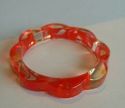 Vintage 80's clear and red Lucite bracelet bangle