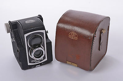 Ross Ensign Ful-Vue Super 620 size Film Camera with Case - superb condition