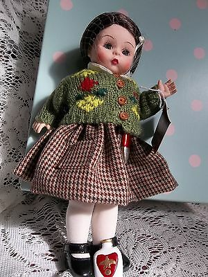 MIB Madame Alexander Lucy  (Narnia)  #46410