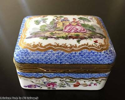Antique 19thc. Continental Porcelain Snuff Keepsake Box French Sevres Style