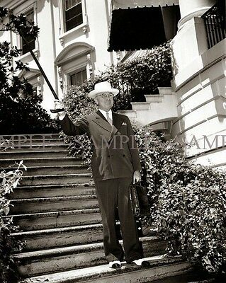 PRESIDENT HARRY S TRUMAN Candid Photo