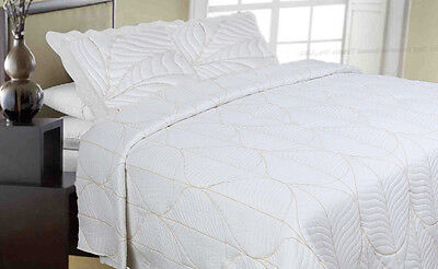 Luxury Embroidered King Reversible Quilted/Bedspread Coverlet 3pcs Set sw15523