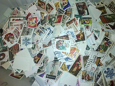 US Used/Canceled Postage Stamps 70 Different Christmas/Holiday  Stamps