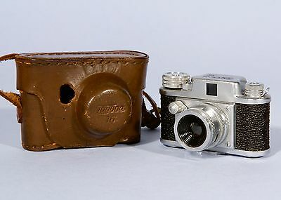 Tougodo Toyoca 16 14x14mm Subminiature Camera  + Case **Excellent and Working **