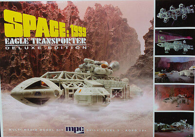 MPC Space:1999  Eagle-1 Transporter Deluxe Edition model kit 1/72