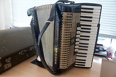 Hohner Verd Iii Piano Accordion 120 Bass Fully Working Order
