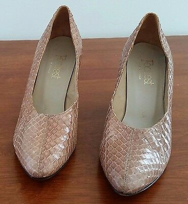 Retro 1980s Footrest Milano BEIGE Leather Snake Skin Classic Court Shoes size 9A