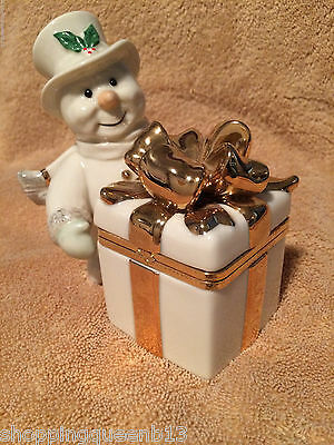 LENOX Holiday SNOWMAN with Large GOLD BOW TRINKET BOX Figurine MINT