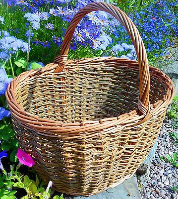 Make this Oval Willow Shopping Basket: a weaving kit for improvers.