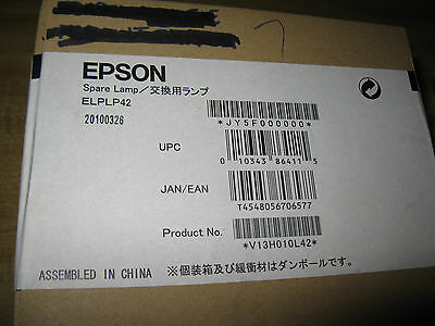 NEW..EPSON ELPLP60 Projector Lamp PowerLite 93, 93+,96W,905,425W,.NEW IN THE BOX