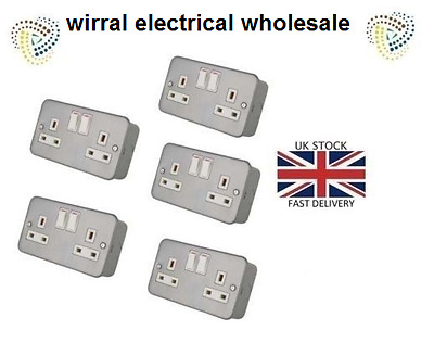 5 x Metal Clad Double 2 Gang Twin Electrical Switched Socket 13amp Surface