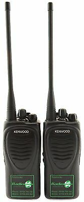 KENWOOD TK3202 UHF 4 WATT WALKIE-TALKIE TWO WAY RADIOS & COVERT EARPIECES x 2