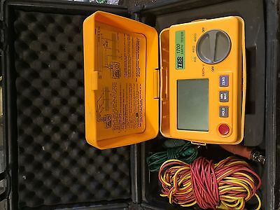TES 1700 Digital Earth Resistance Tester Meter