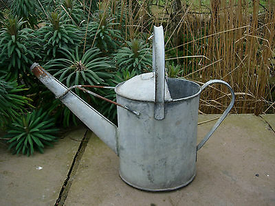 Vintage 1 Gallon  Galvanised  Metal Watering Can  (224)