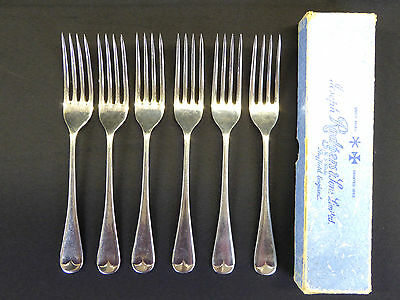A Boxed Set of 6 Joseph Rogers 'Staybrite' Dinner Forks