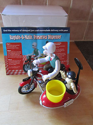 Wallace and Gromit Rapide-O-Matic Preserves Dispenser