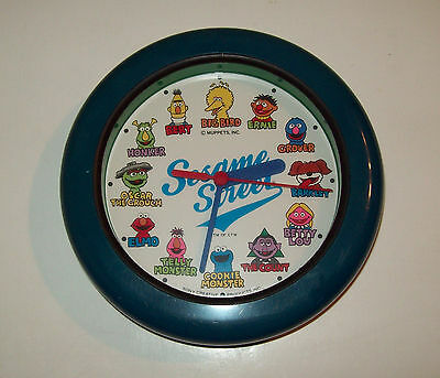 Vintage SESAME STREET Characters Time clock by Sony creative Products *WORKS!