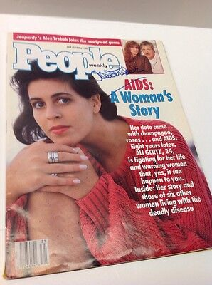 People Magazine ALEX TREBEK Signed Autograph on Cover July 30, 1990 Issue