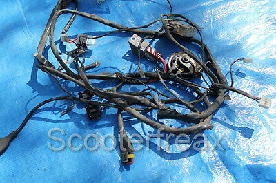 Piaggio ZIP CAT 2 Cable loom 4t with attachments Relay Horn Rectifier
