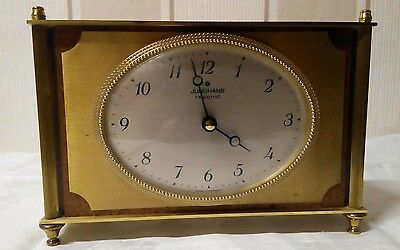 Junghans Resonic Clock Tischuhr