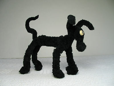 """Vintage 4"""" tall by 5-3/4"""" long Black Dog ~ Thick Pipe Cleaners ~ Chenille Stems"""